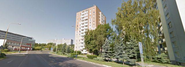 VÝRAZNE ZNÍŽENÁ CENA - Predaj 3 izbový byt ul. Karpatská Košice - Staré Mesto, s lóggiou a pivnicou, 70m2, OV
