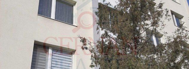 Dvoj izbový byt v Trebišove, ulica Komenského, 46 m2 s balkónom, OV